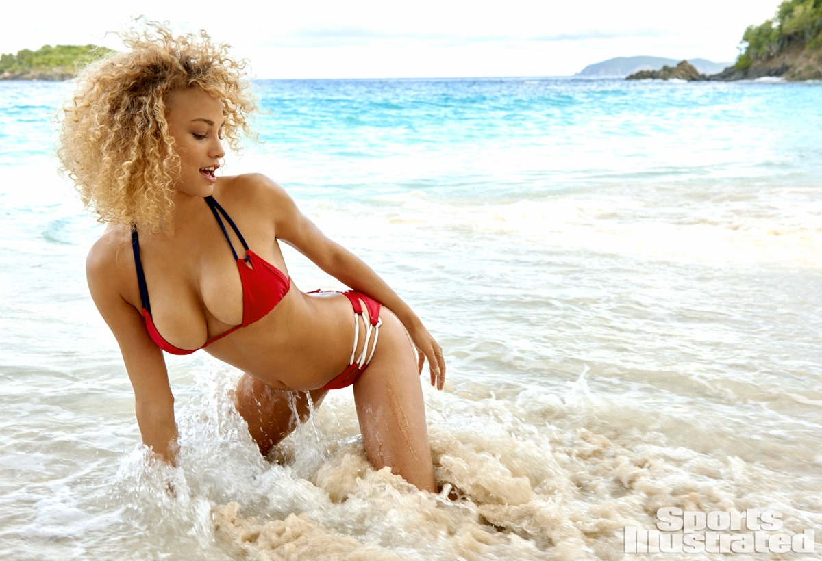 Rose Bertram, SI Swimsuit 2015