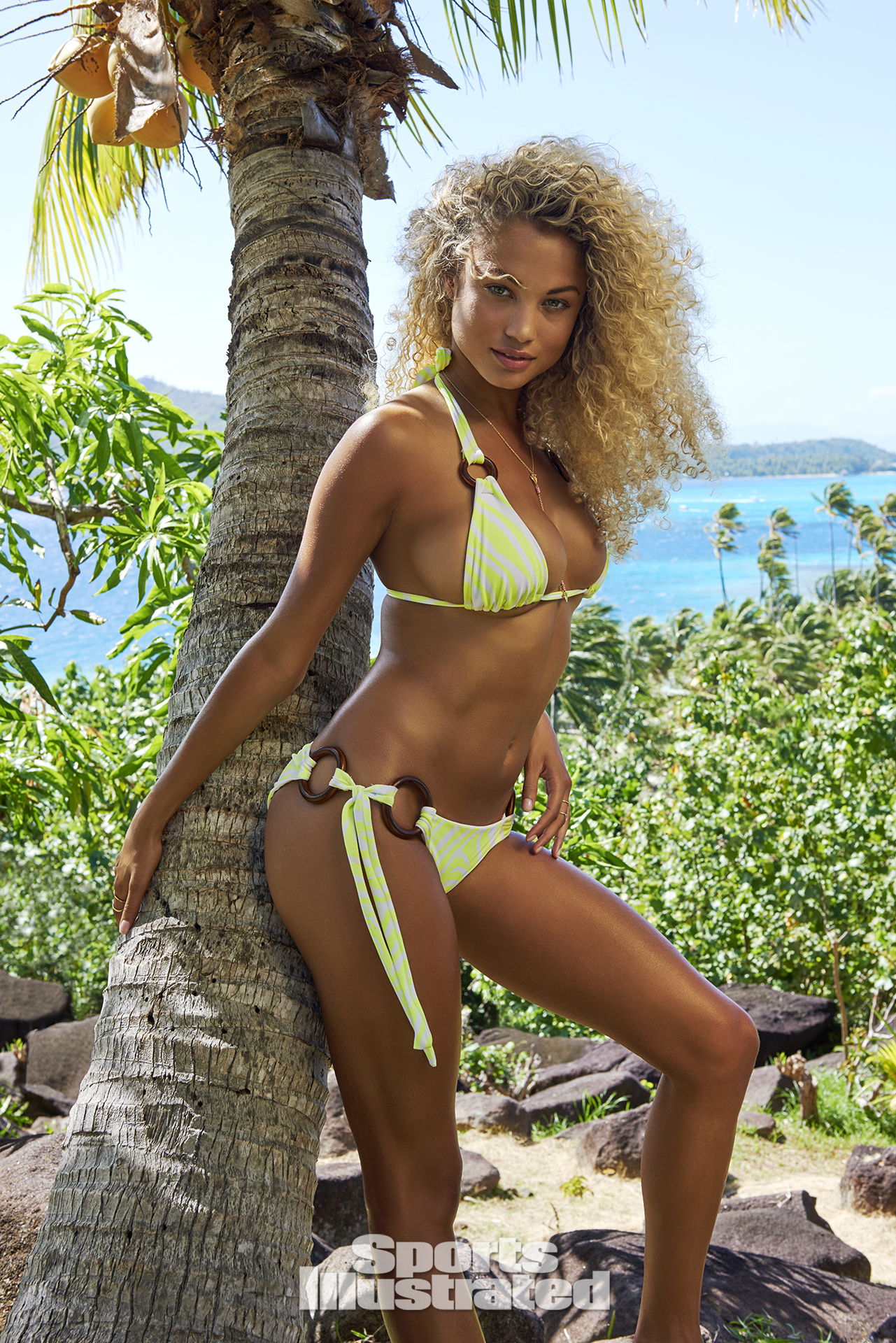 Rose Bertram, SI Swimsuit 2016