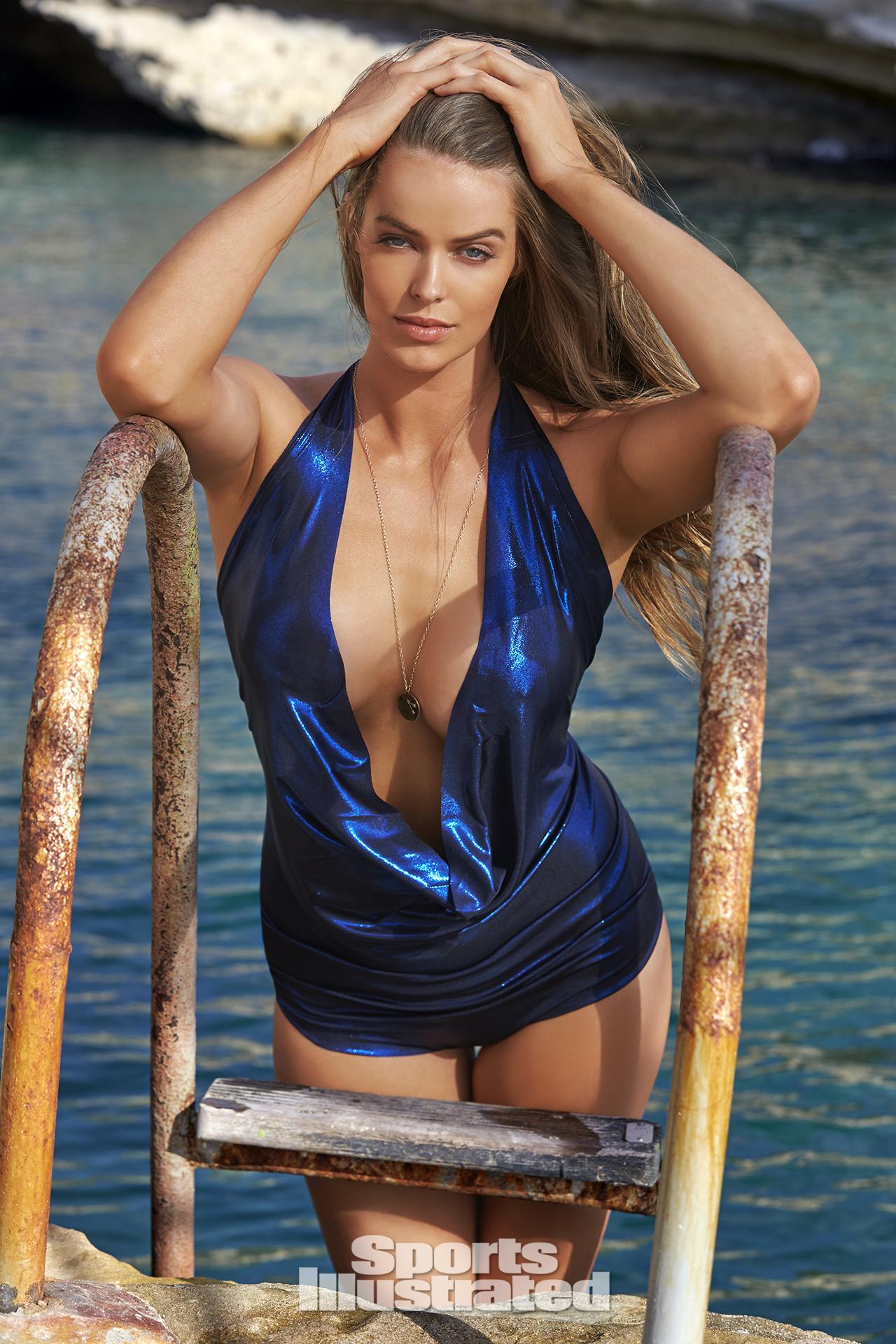 Robyn Lawley, SI Swimsuit 2016