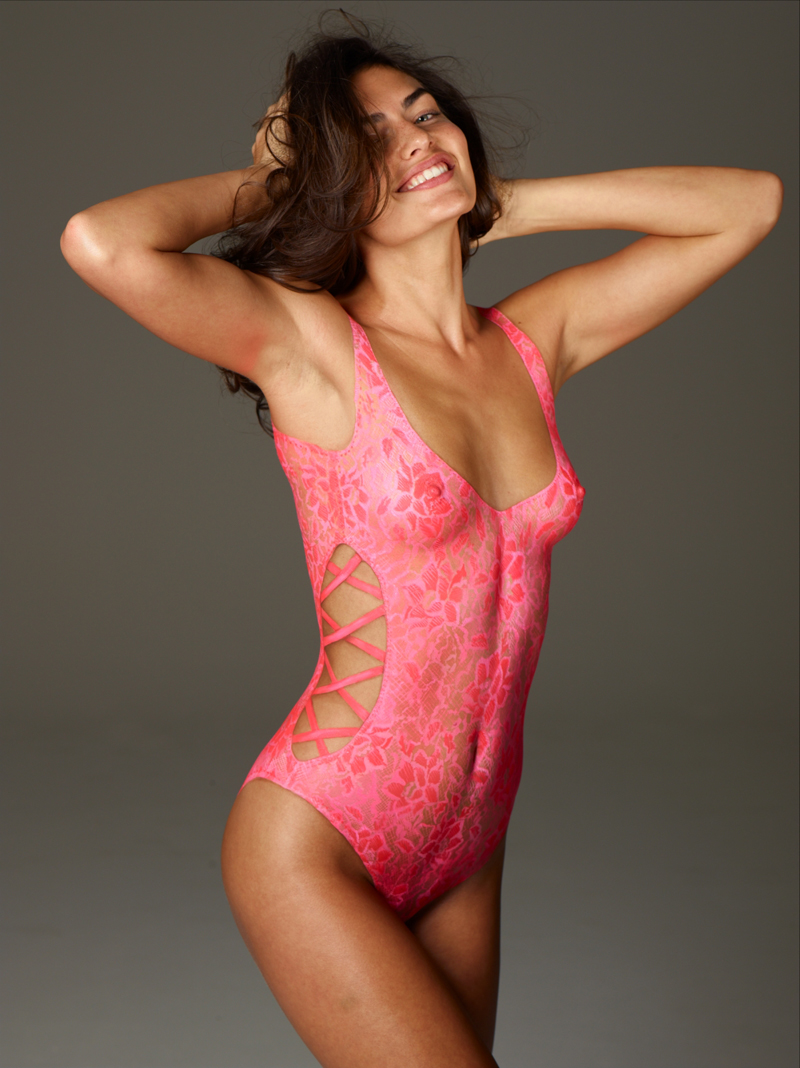 Si swimsuit 2011 alyssa miller in body paint for Best body paint pics
