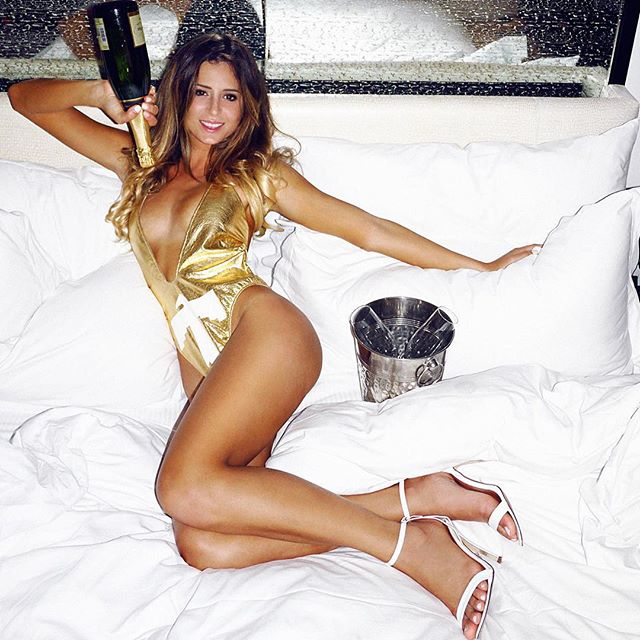 Anastasia Ashley :: @anastasiaashley/Instagram