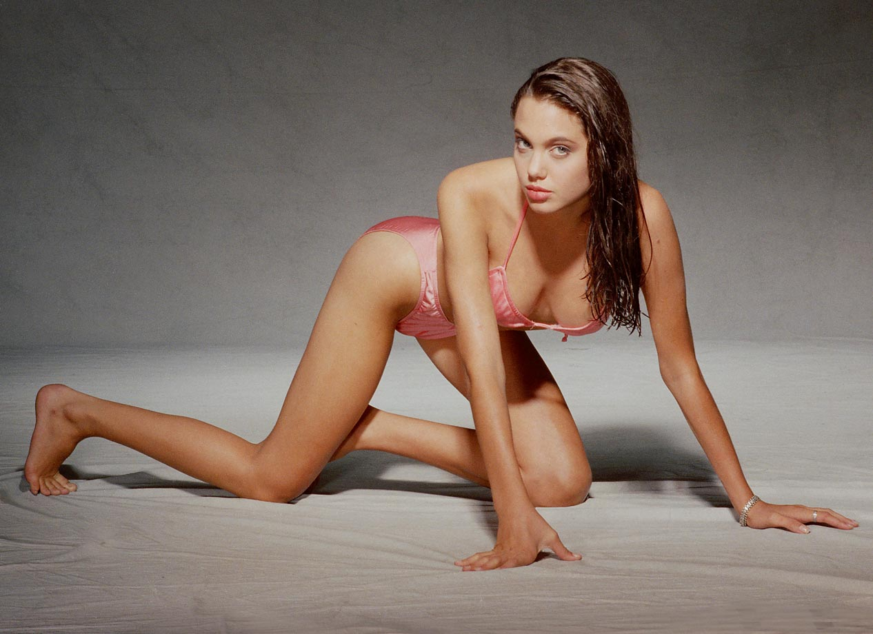 thursday's p.m. hot clicks: angelina jolie; michael jordan flu game