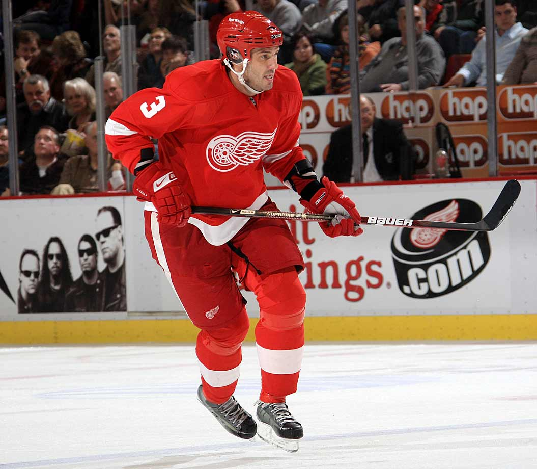 The Red Wings blueliner had not been feeling well when he missed a practice in mid-October and was taken to a hospital where it was discovered that he had a calcium build-up in his appendix. Like Jonathan Ericsson the following year, Lilja was back on his skates three days later. However, the Wings held him out of action as a precaution until the following week.