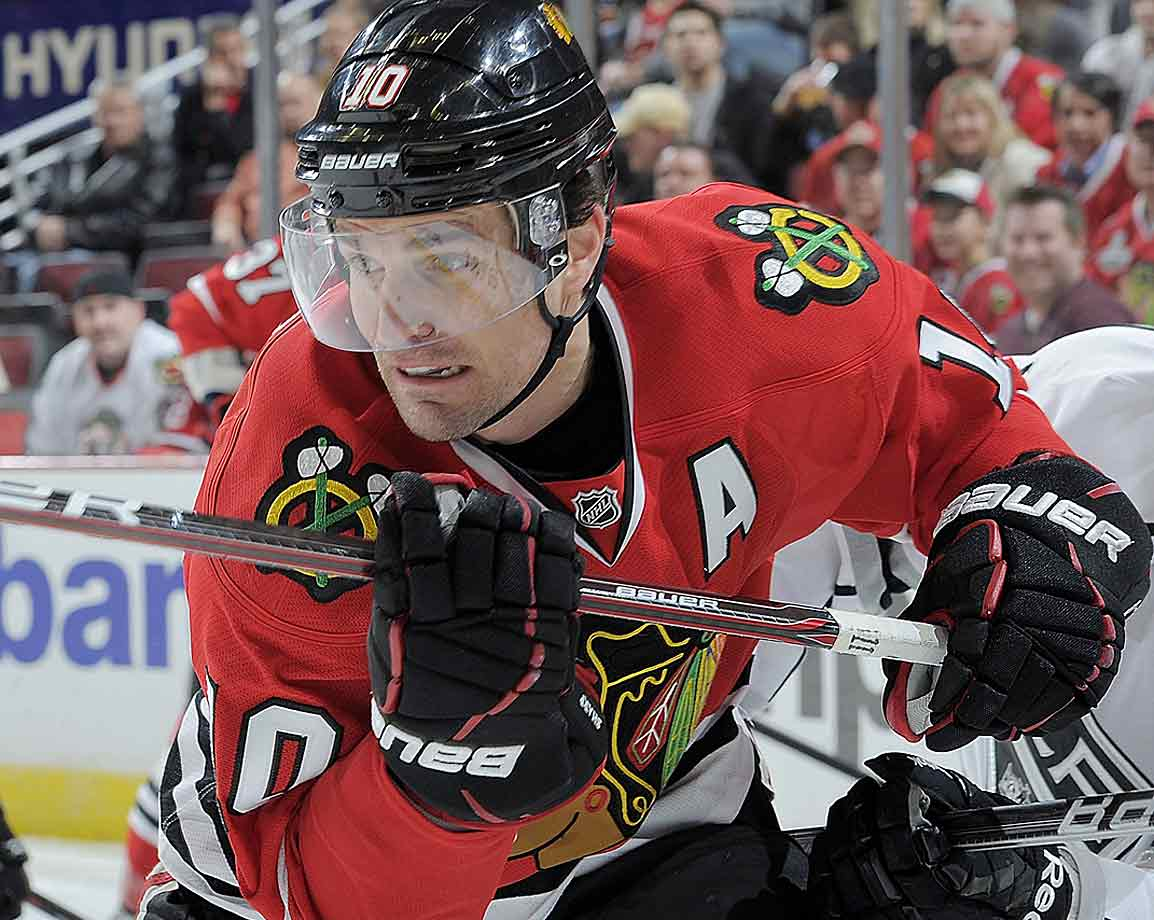 On the eve of training camp in September, the Blackhawks forward complained to the team's physician of abdominal discomfort and wound up going under the knife. Expected to need three to four weeks to recover, Sharp was back at practice in 18 days and played for the Hawks on opening night (Oct. 7).