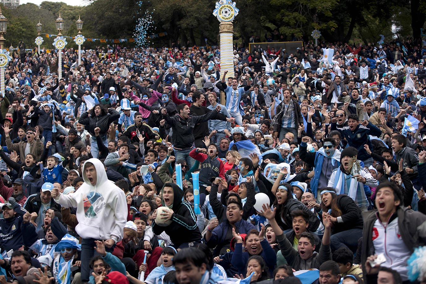 Argentina fans watching in Buenos Aires.
