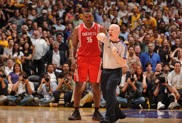 Metta World Peace and Joey Crawford :: Getty Images