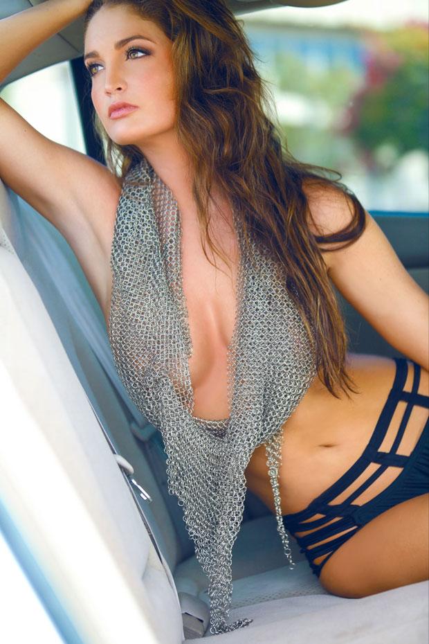 Ashlynn Coray Nude Photos 9