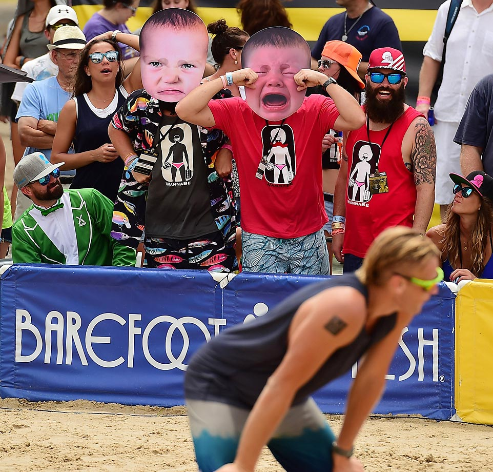 Fans taunt Casey Patterson at the AVP New Orleans Open.