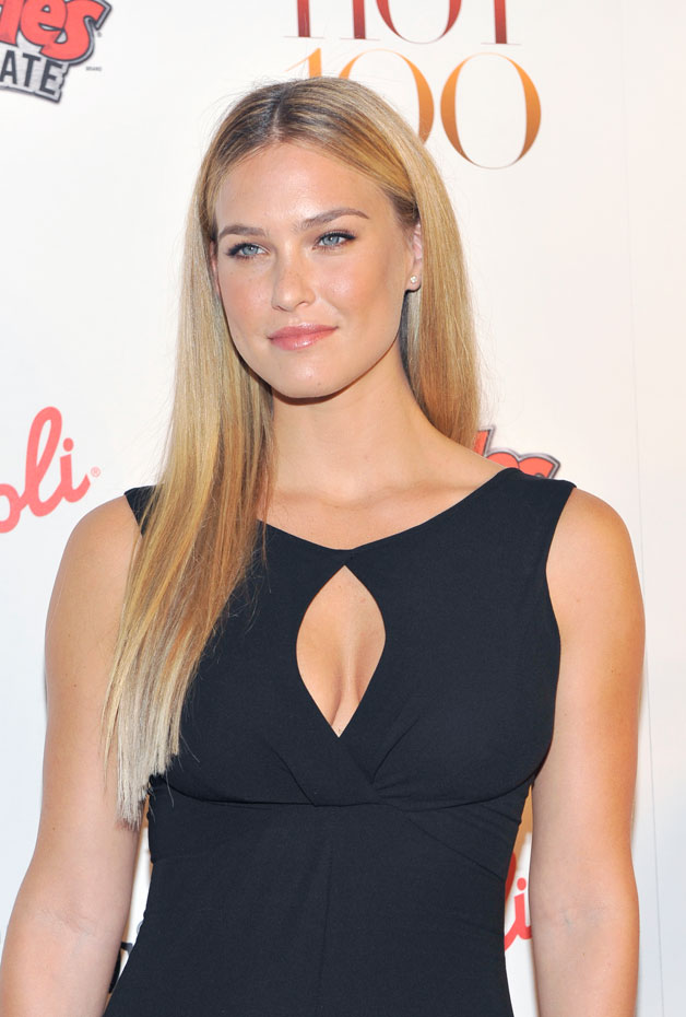 Bar Refaeli :: Getty Images