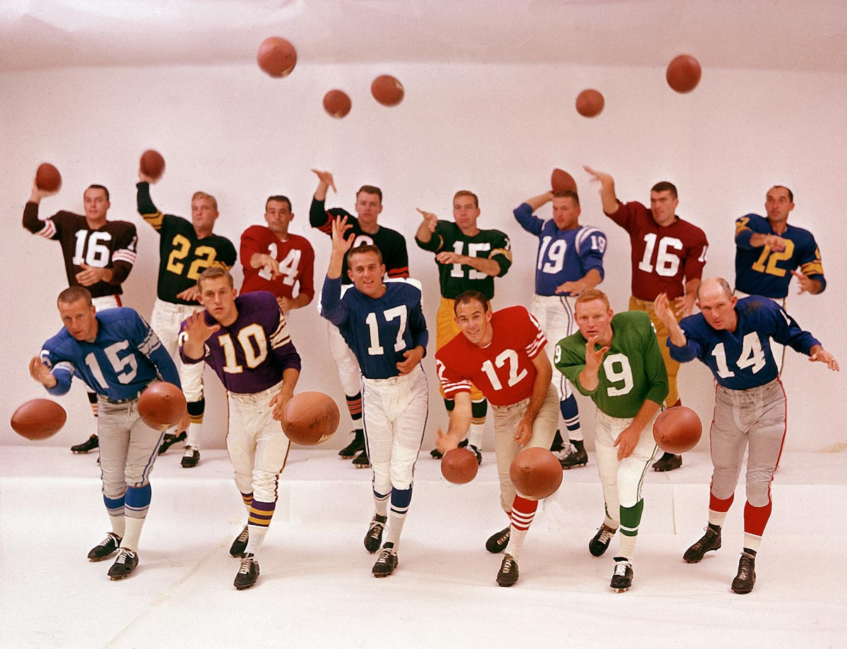Bart Starr (back row, No. 15) was among this amazing 1961 gathering of every starting quarterback in the NFL (no way that happens in today's world).  The group consisted of (front, L-R) Jim Ninowski, Fran Tarkenton, Don Meredith, John Brodie, Sonny Jurgensen, Y.A. Tittle; (back, L-R) Milt Plum, Bobby Layne, Sam Etcheverry, Bill Wade,  Starr, Johnny Unitas, Norm Snead and Zeke Bratkowski. (Text credit: Shannon Carroll)