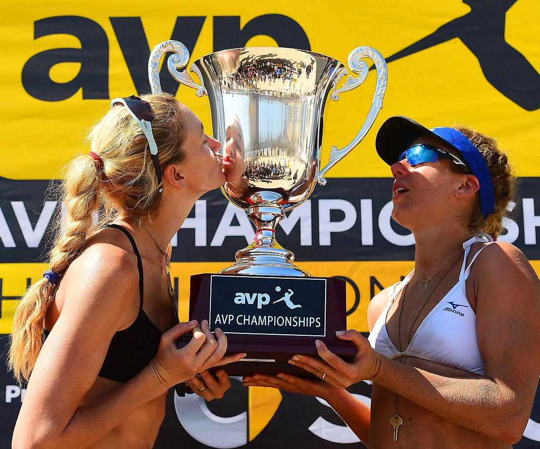 Kerri Walsh-Jennings and April Ross split 20,000 and won their seventh (out of seven) tournament this season.