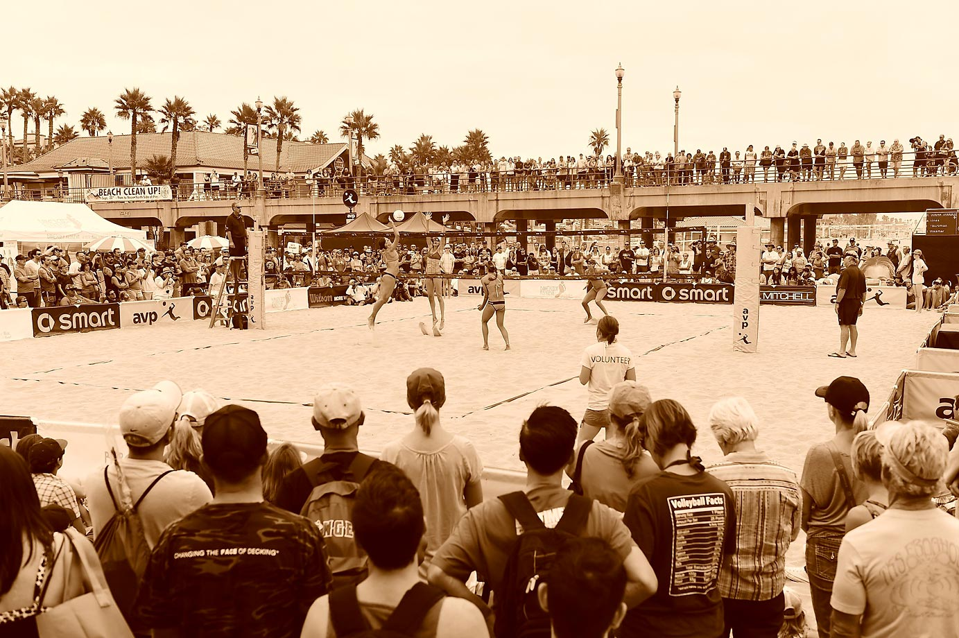 A day on the pier and on the sand at the AVP Championship presented by Smart.