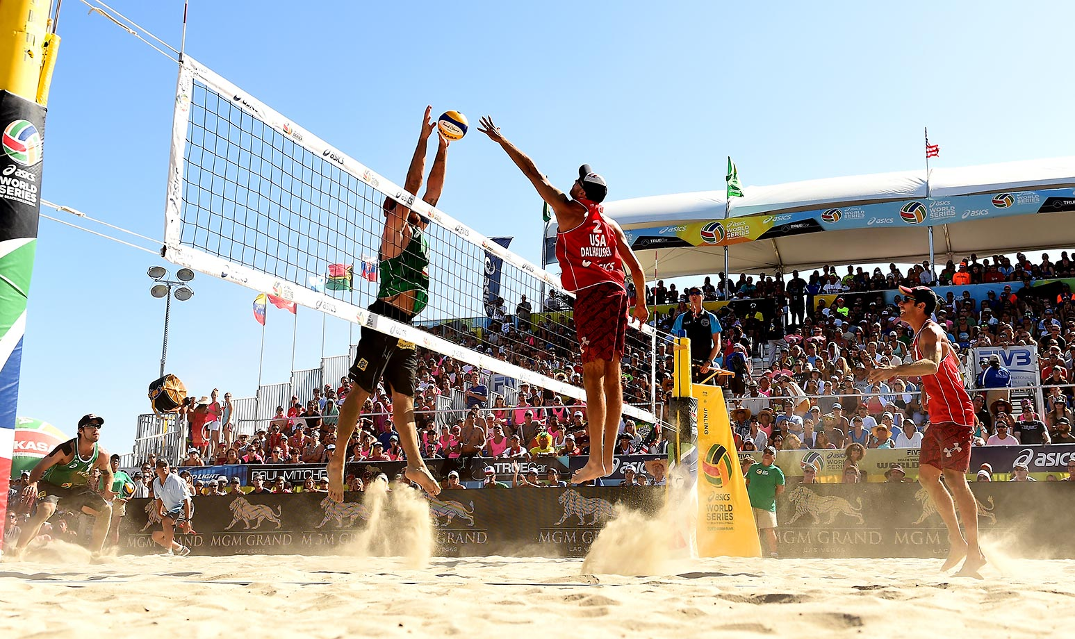 It took the Brazilians three games to put the Americans away. It was the fourth straight win for Cerutti/Schmidt on the FIVB tour.