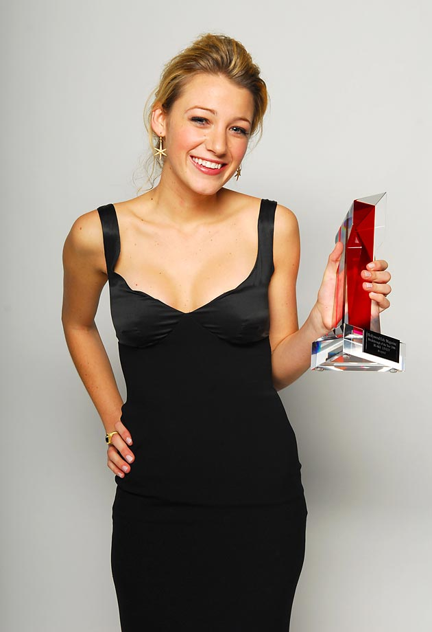 Blake Lively :: M. Caulfield/WireImage)