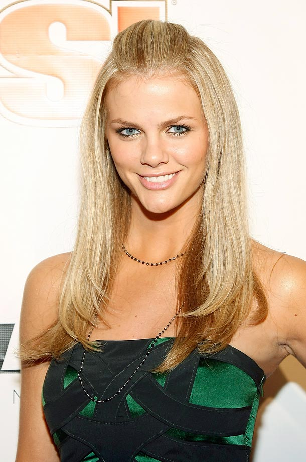 Brooklyn Decker: Lovel... Brooklyn Decker