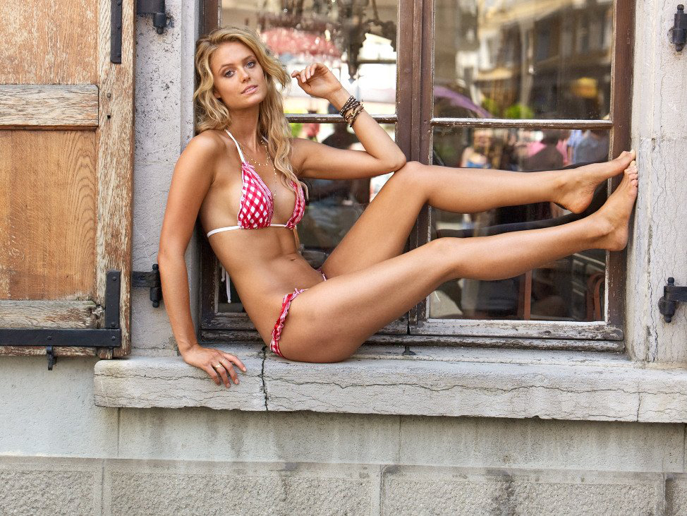 65c4351484268 Kate Bock is a Canadian