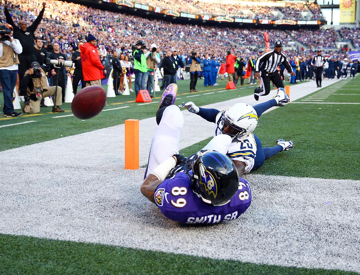 Ravens receiver Steve Smith Sr. misses a catch as Chargers cornerback Brandon Flowers defends. The Chargers won 34-33 on a last-minute touchdown.