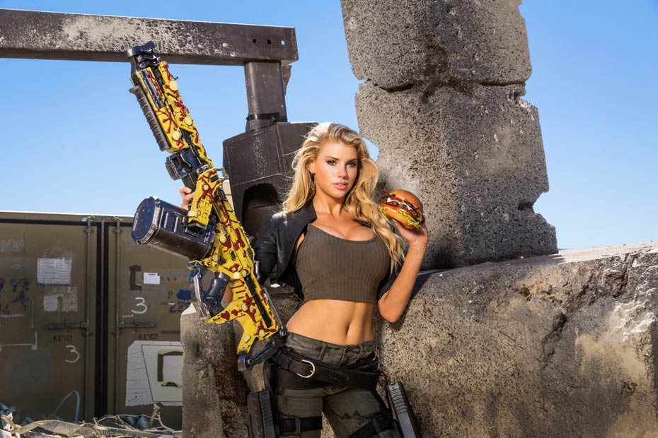Charlotte McKinney :: Courtesy of Carl's Jr