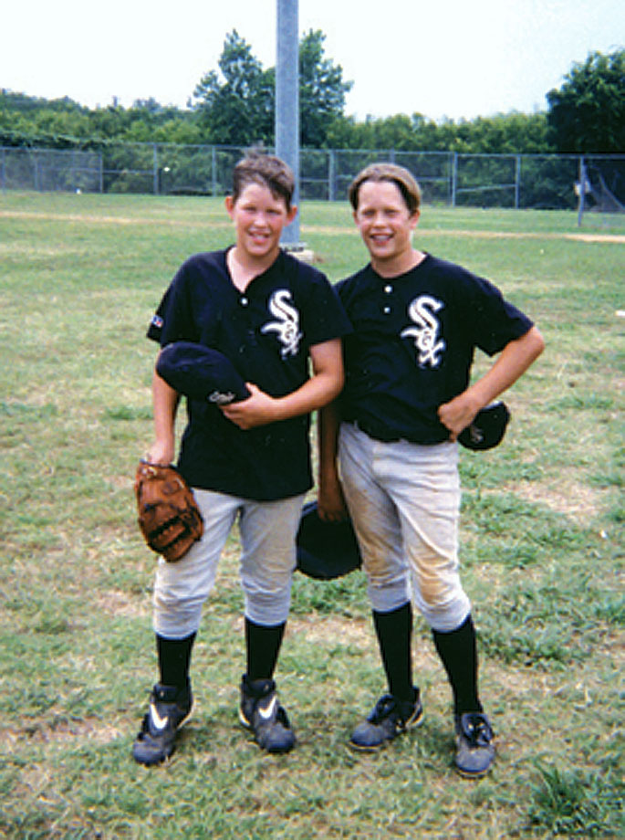 Clayton Kershaw (left) and Matthew Stafford pose together in their Little League uniforms.