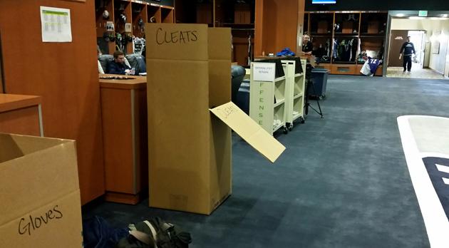 Marshawn Lynch Cleats >> Off the Grid: Seahawks locker room reflects long seson