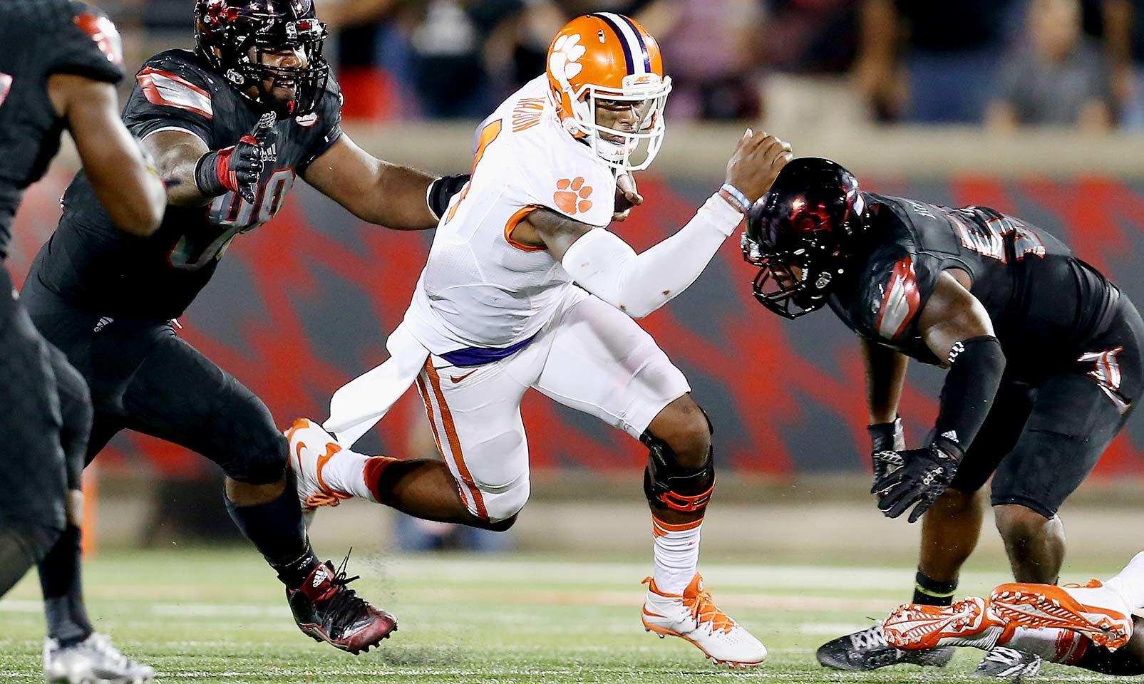 Clemson 20, Louisville 17: The Tigers eked out a win in the ACC opener when Cardinals quarterback Kyle Bolin's last-second heave was intercepted.