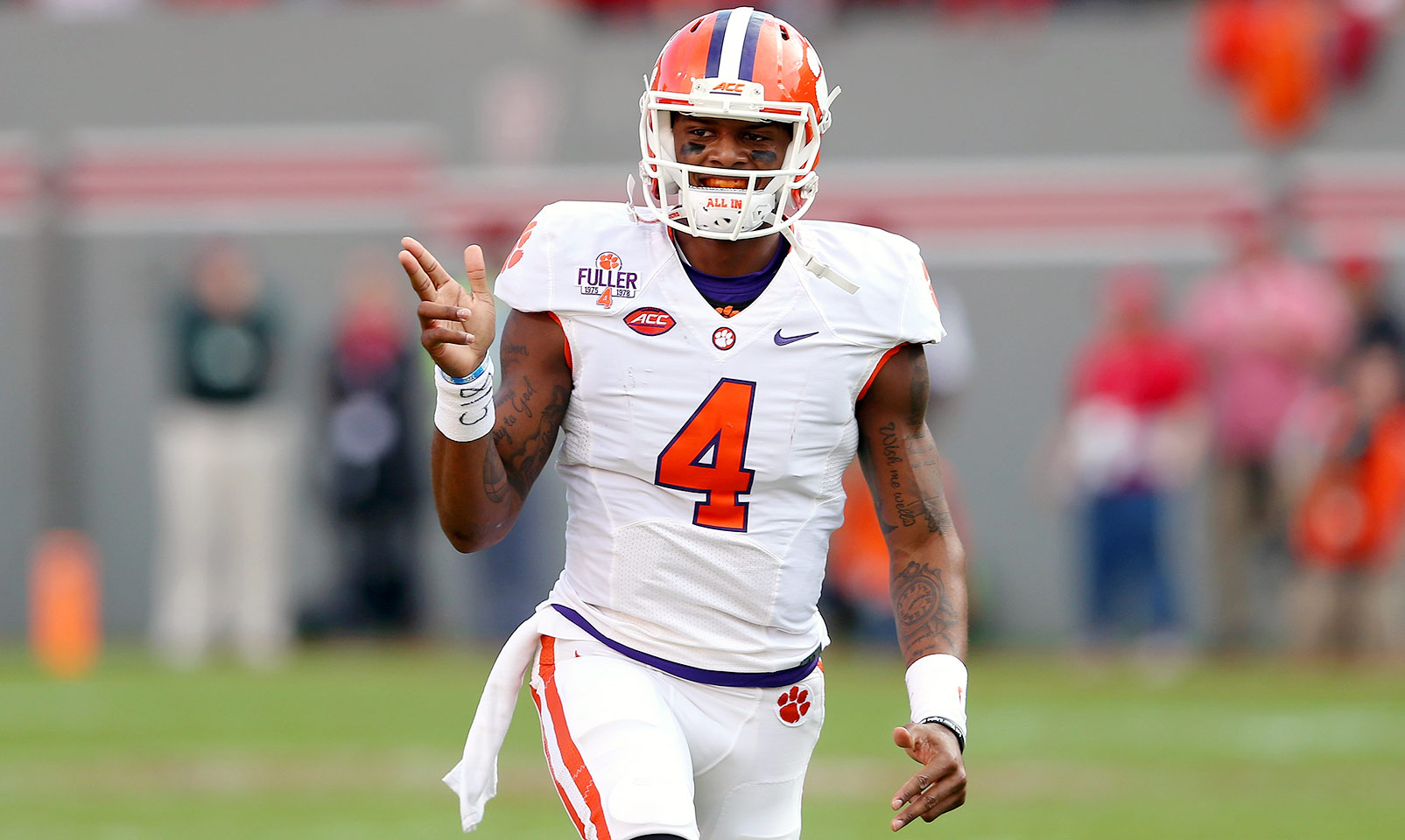 Clemson 56, NC State 41: Deshaun Watson scored six total touchdowns with 383 yards passing and 54 yards rushing. Wayne Gallman also chipped in 172 yards on the ground to keep the Tigers ahead of the Wolfpack.