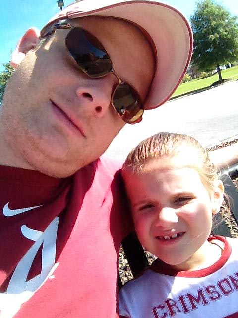 Me and me daughter at an @AlabamaFTBL game. #KeepGoodGoing @SInow