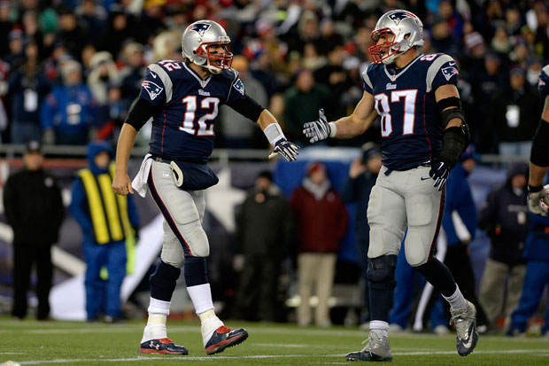 Rob Gronkowski and Tom Brady :: Getty Images