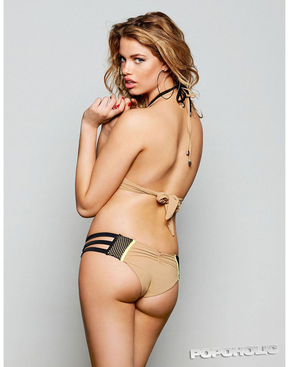 Hailey Clauson :: Courtesy of Beach Bunny