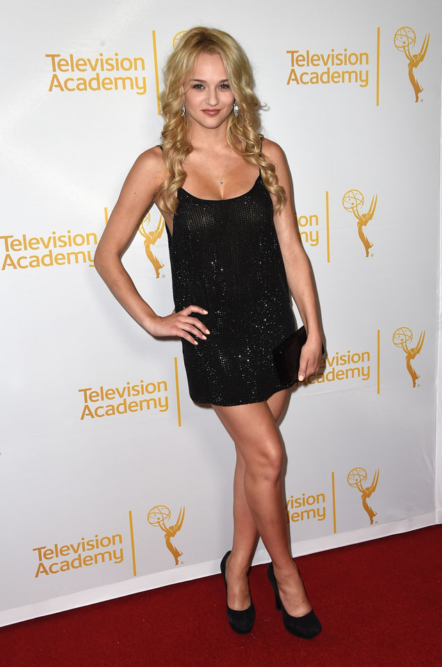 Hunter King :: Getty Images