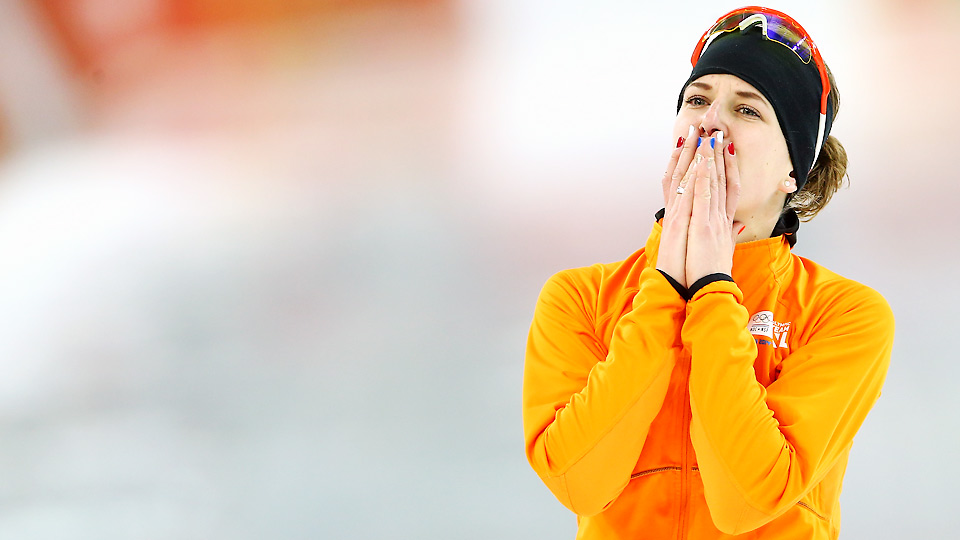Ireen Wust's victory in the 3000m gave the Netherlands its fourth speed skating medal through just two events.