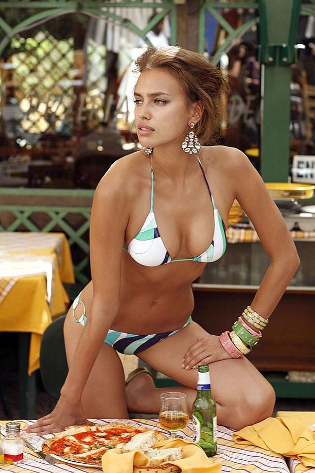 Irina Shayk (2009)