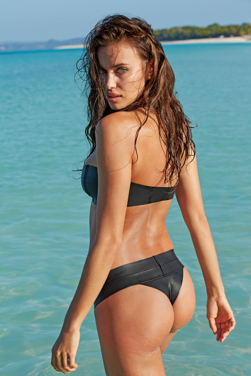 Irina Shayk :: Madagascar, SI Swimsuit 2014