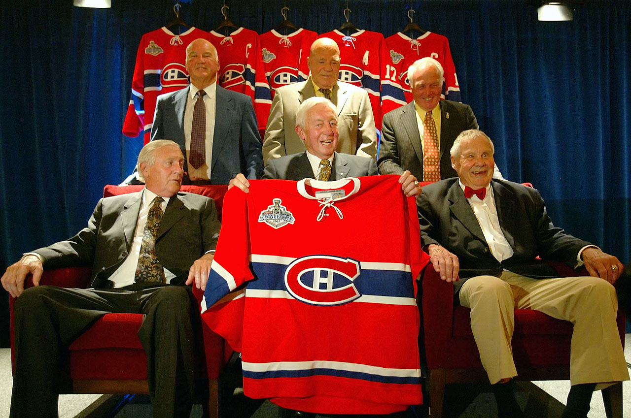 "Jean Béliveau (front center) poses with former Canadiens (left to right) Dickie Moore, Don Marshall, Jean-Guy Talbot, Henri Richard and Tom Johnson during the ""Salute to the Stanley Cup Legends"" in Ottawa on June 1, 2007."