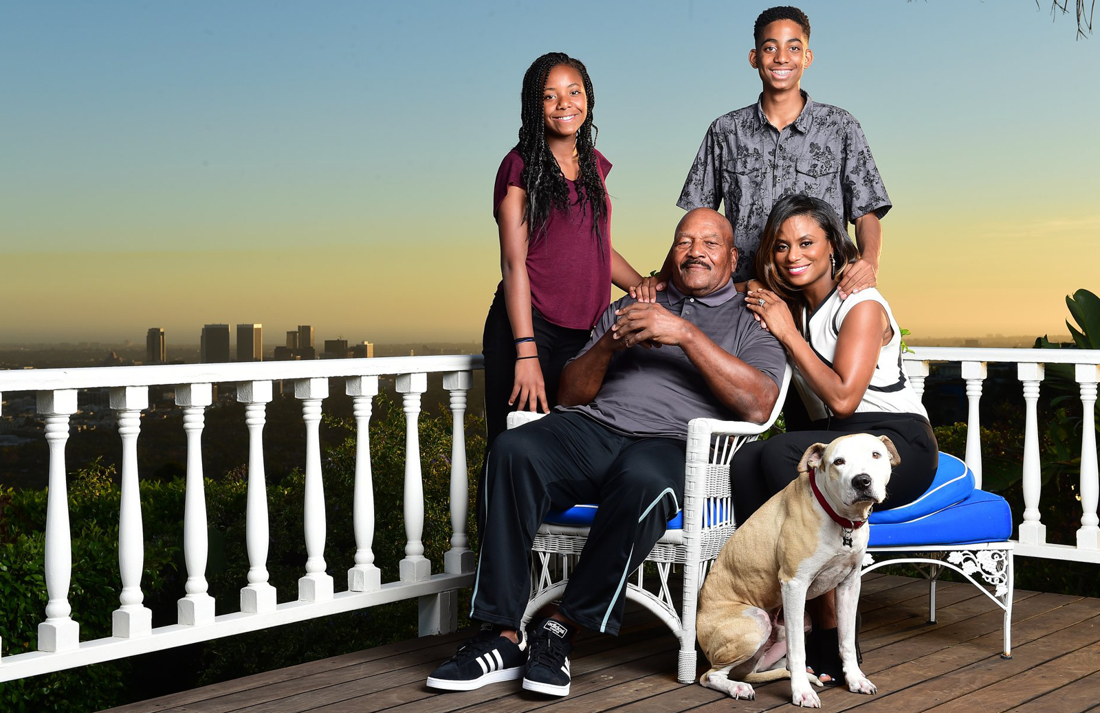 Jim Brown with daughter Morgan, son Aris, wife Monique and their dog, Cooper, photographed in Los Angeles, Sept. 30, 2015. (Robert Beck for Sports Illustrated)