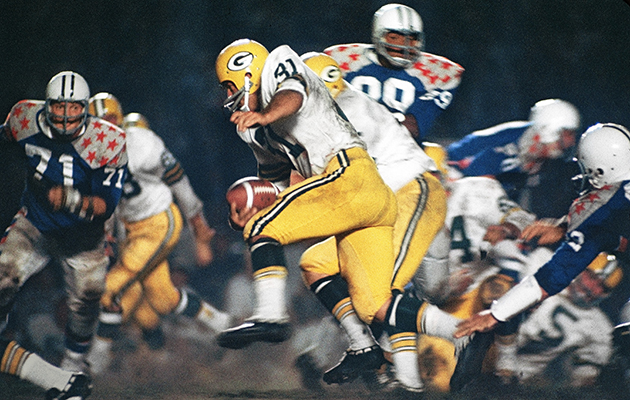 Packers FB Jim Taylor carries the ball in the 1966 College All-Star game.