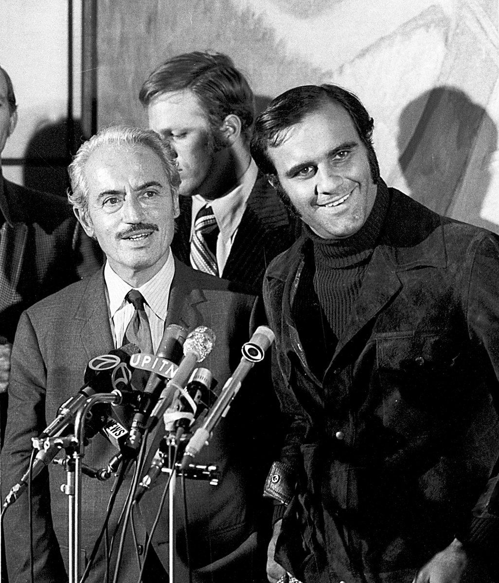 Torre and Marvin Miller, the executive director of the Major League Baseball Players Association, in 1972. (AP)