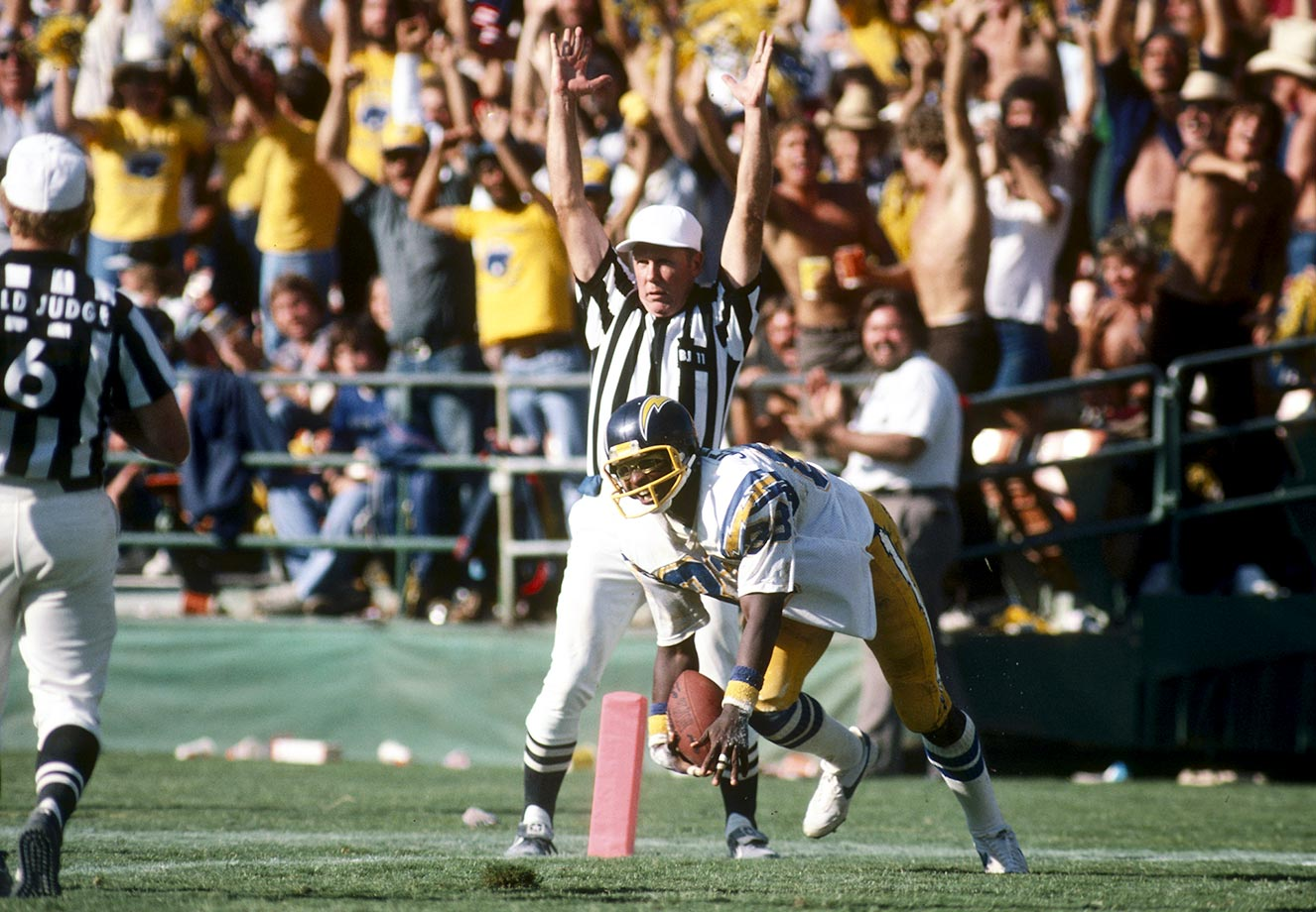 1980: John Jefferson one-hand diving catch in the back of the endzone vs. Oakland.