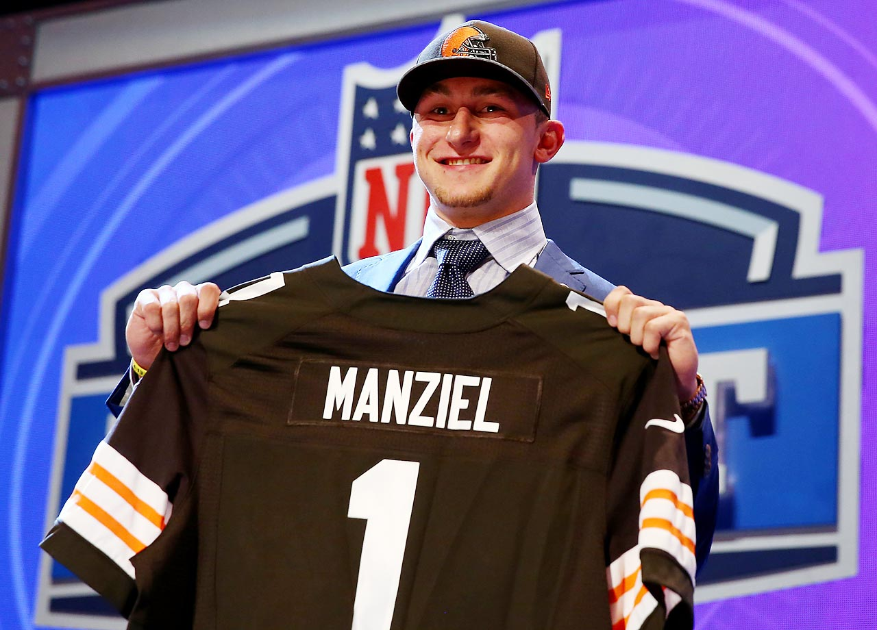 Johnny Manziel, whose legend continues growing at astronomic rates even before playing in the NFL, surprisingly fell to the Cleveland Browns, being picked 22nd in the 1st Round of the NFL Draft. Jadeveon Clowney was picked first overall, by the Houston Texans.