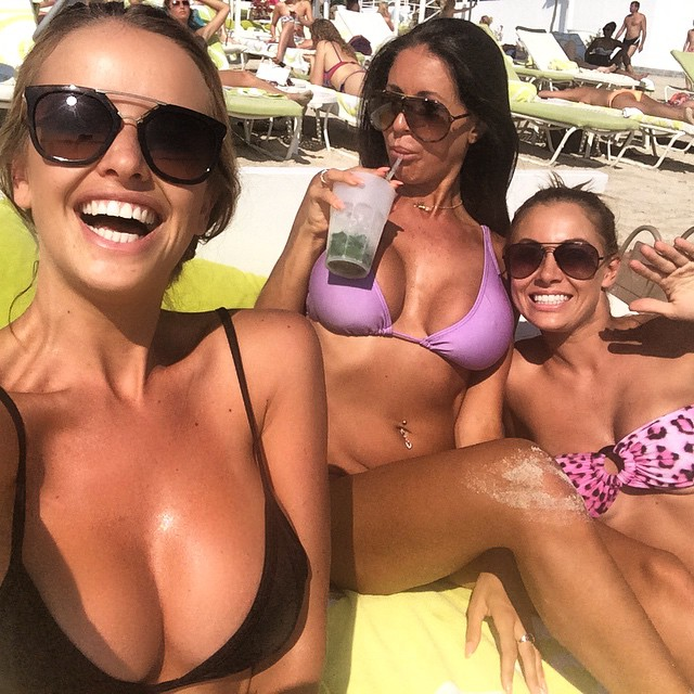 Kahili Blundell and friends :: @kahiliblundell/Instagram