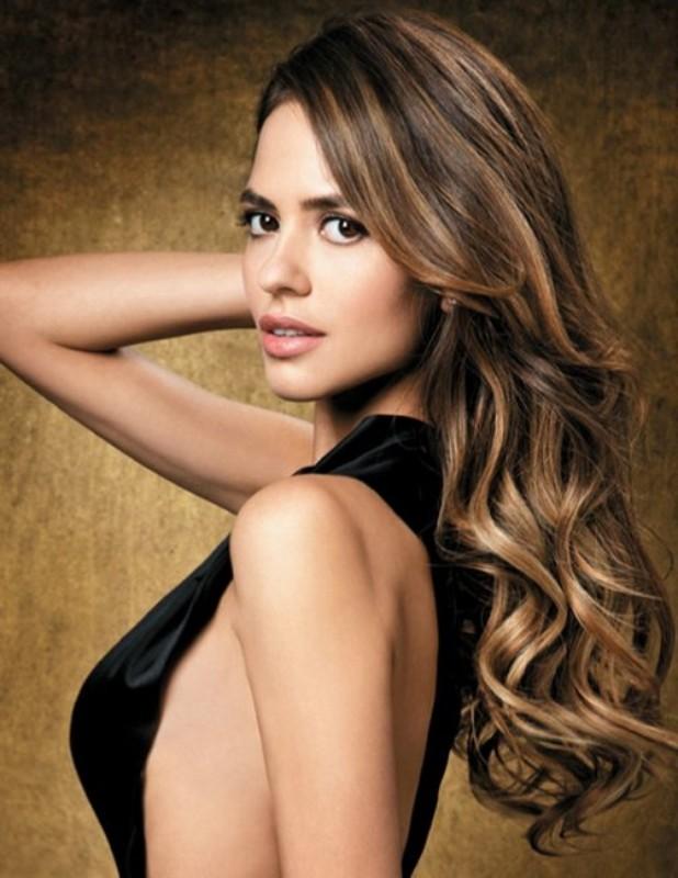 Aarla Azevedo :: One.1 Management