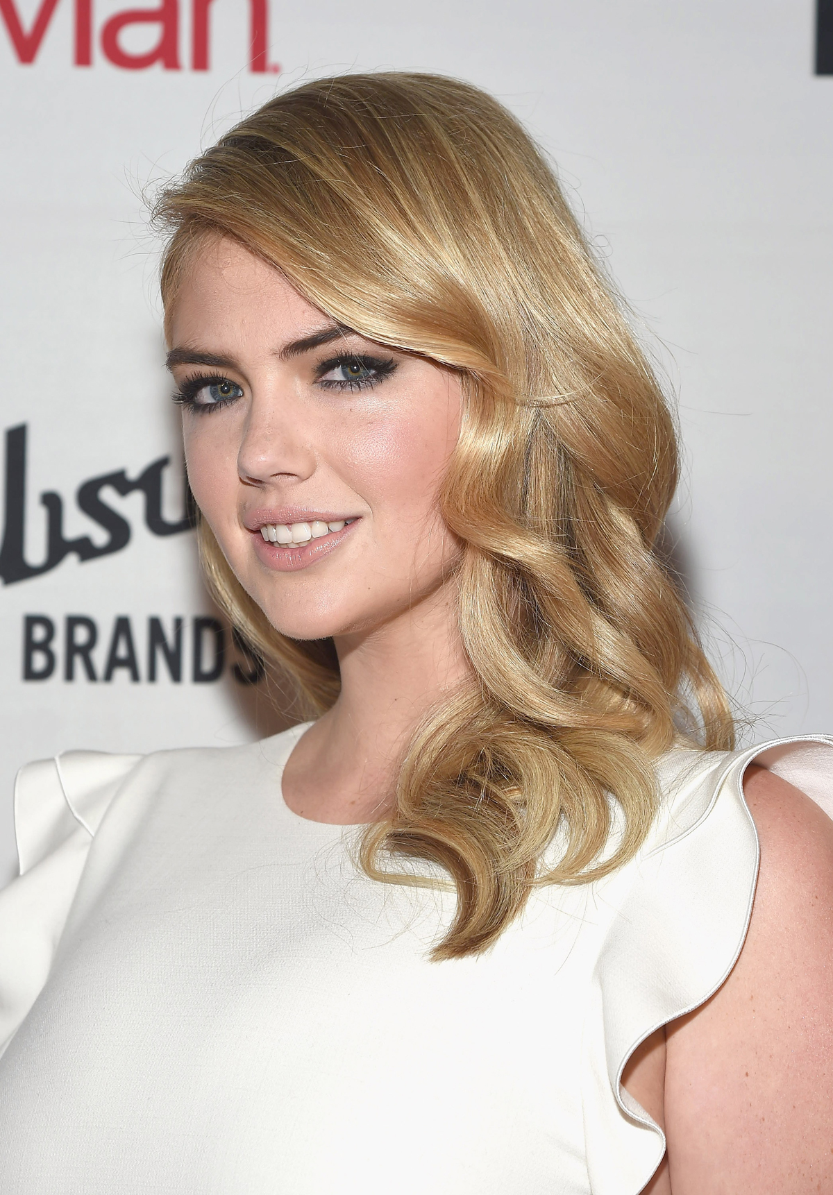 Kate Upton at The Daily Front Row Fashion Media Awards on 9/5/2014