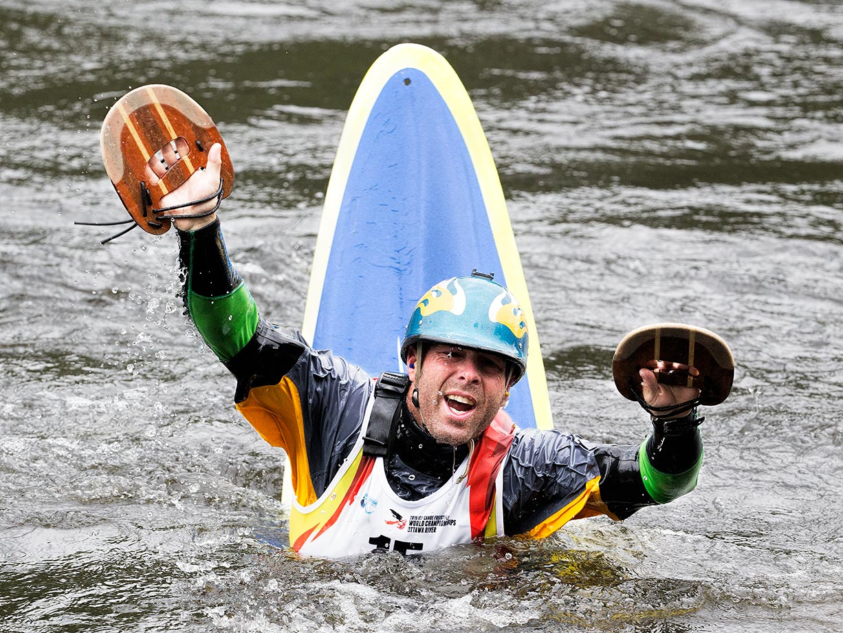 Stephen Wright wins the Squirt Boat World Championships for the U.S.