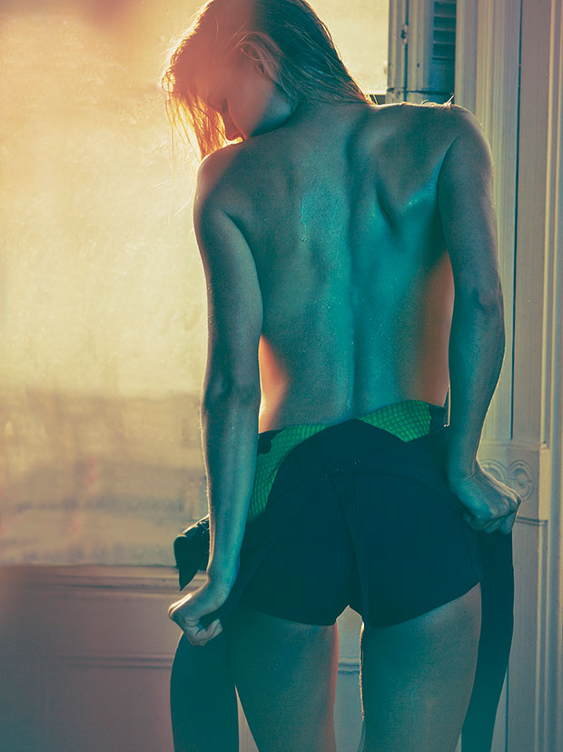 get intimate with rookie of the year kelly rohrbach