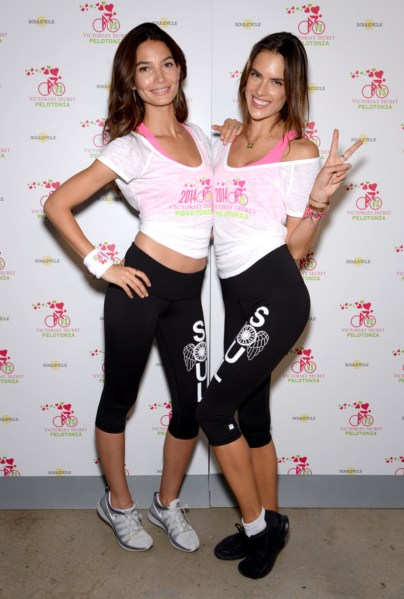 Lily Aldridge and Alessandra Ambrosio :: Getty Images