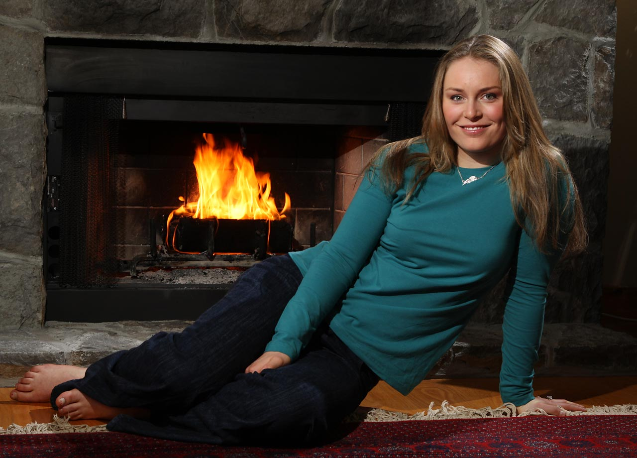In 2008, Vonn won the overall World Cup title for skiing. In the process, she became only the second American female to do so.