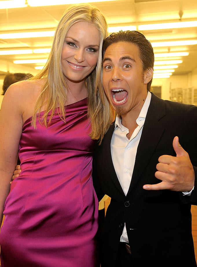 Vonn with Apolo Ohno at the Race to Erase MS event, May 2010.