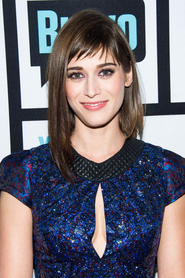 Lizzy Caplan :: Getty Images