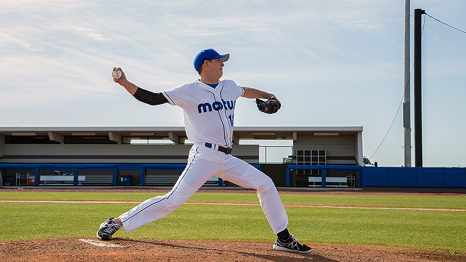 Tech Talk: MLB pitchers using mThrow sleeve to monitor UCL ...