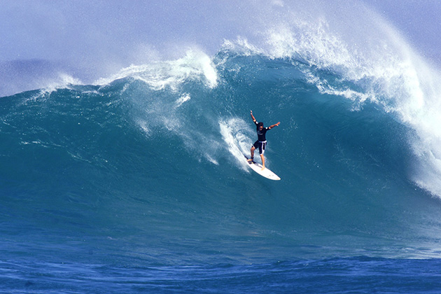 Rothman surfs a wave at the Rip Curl Cup on Sunset Beach in the North Shore of Oahu in November 2000.